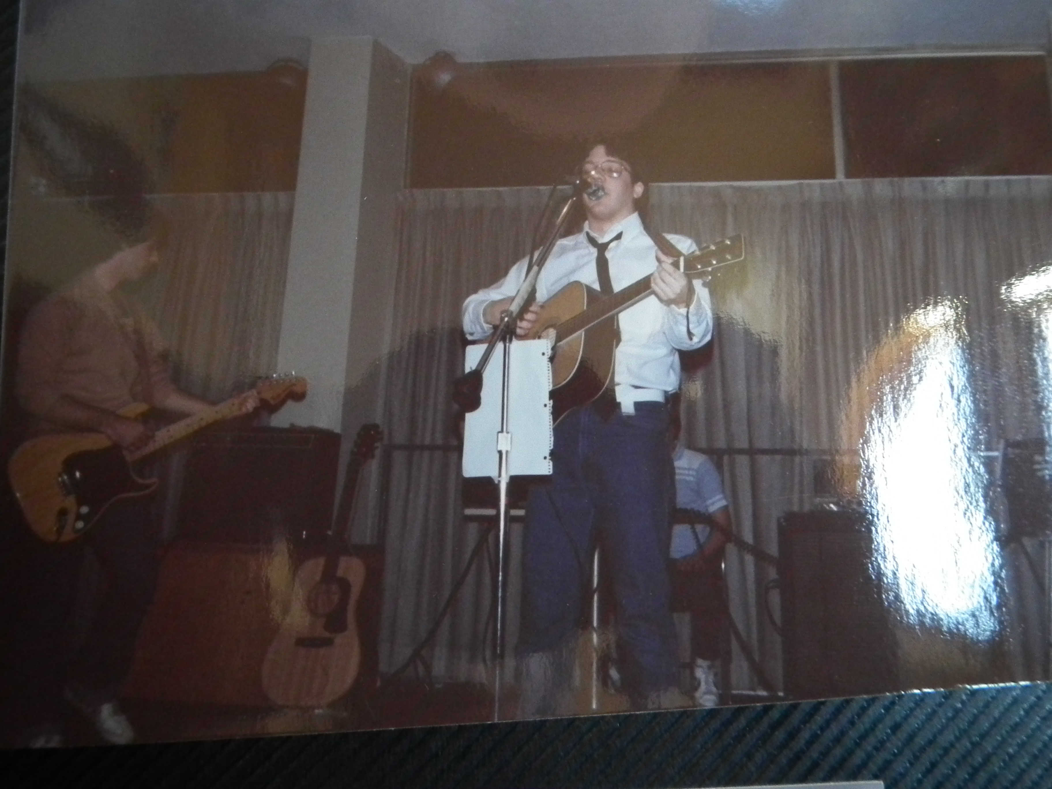Reeb 3 (only gig) (Clothier Residence Hall Lounge, Rutgers College, New Brunswick, NJ) (1982)